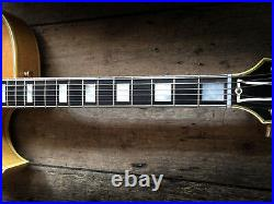 1967 / 68 Gibson Vintage Byrdland Archtop Semi Acoustic Includes Hard Shell Case