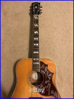 2016 Gibson Hummingbird Honeyburst Acoustic / Electric Guitar Mint Condition