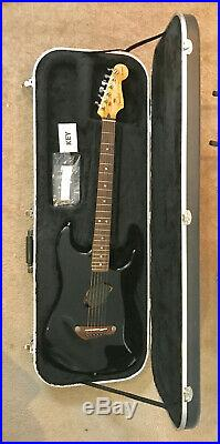 Fender Black Stratocaster Acoustasonic Acoustic/Electric Guitar with Hard Case