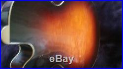 Gibson Acoustic J 190 Acoustic/Electric Guitar