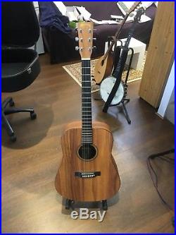 Martin Acoustic/Electric pick up Guitar, excellent cond