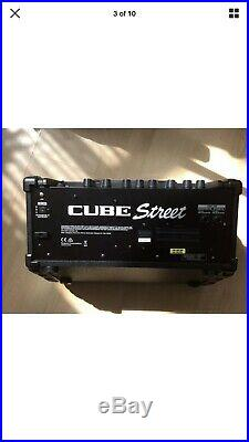 Roland Street Cube Battery Amp For Acoustic Electric Guitar Vocals Busking