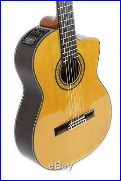 Takamine TH5C Hirade Classical Acoustic/Electric Guitar with Case Made in Japan