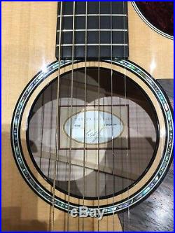 Taylor 614ce guitar. Stunning with ES 2 electrics, barely used + fitted case