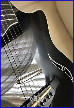 Taylor T5 Black Acoustic Electric Guitar 2006 With Original Hardshell Case